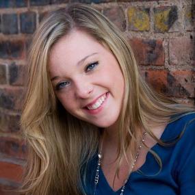 Hannah Berling ('16)
